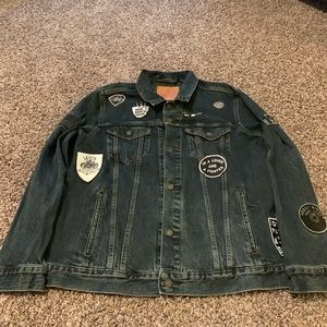 Levi's black jean jacket with patches